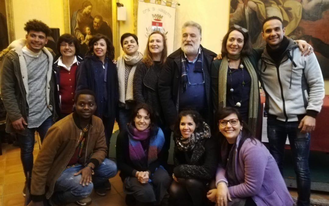 Condivisione di esperienze e la cartella sociale Harraga in Sicilia